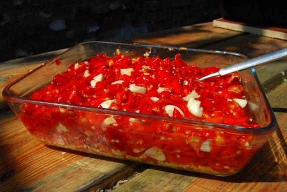 Sriracha | Azijn toevoegen