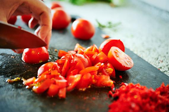 Tomaten snijden - Zelf vindaloo maken