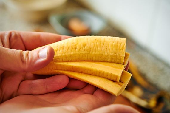 Gebakken banaan (Pisang Goreng) Banaan snijden