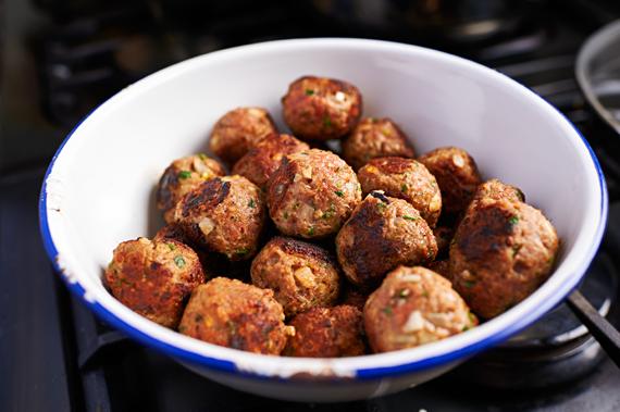 Gebakken gehaktballen - Gebakken ziti | Puur Eten