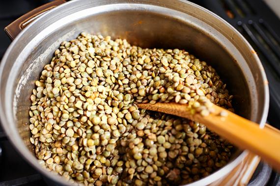 Linzen geweekt - Verrassende linzensoep