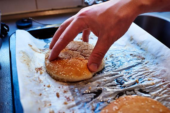 Broodjes door de spek halen